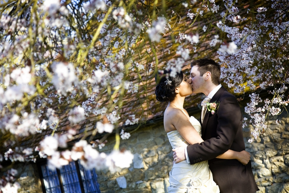 London wedding photography in the cherry blossoms