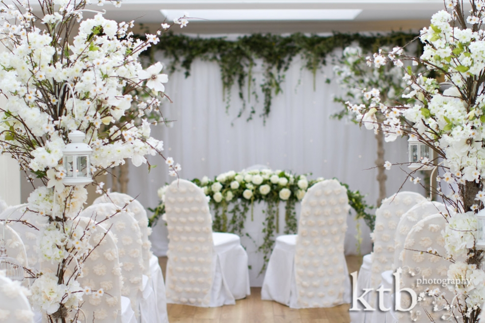 white floral wedding decorations